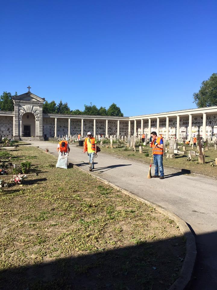 cimitero pulizia viale giornata ecologica